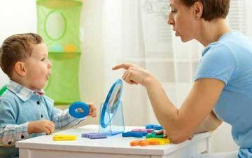 Почему ребенок начал заикаться и что делать