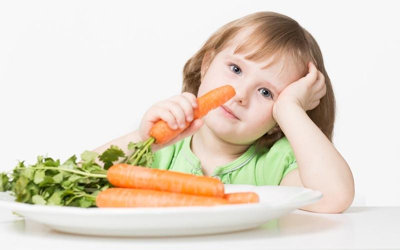 ребенок-ест