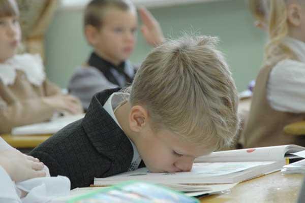 ребенку-лень-учиться