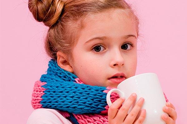 девочка-пьет-чай