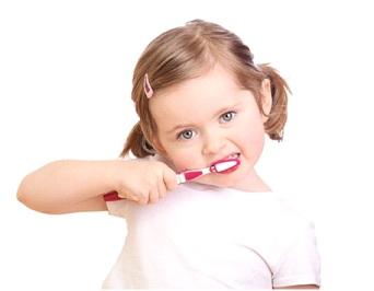 bolit-zub-u-rebenka-chem-obezbolit