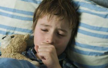 Что делать если у ребенка сильный кашель ночью
