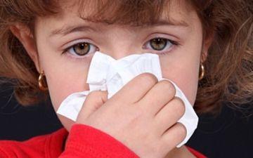 Заложен нос у ребенка – причины и лечение
