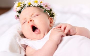 Когда грудничок начинает спать не просыпаясь всю ночь