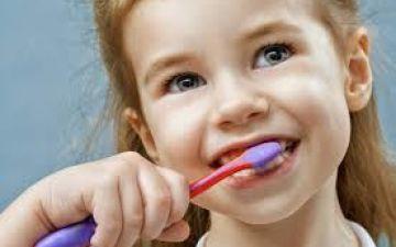 Запах изо рта у ребенка – причины и методы лечения