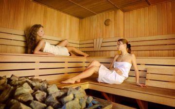 Можно ли париться в бане, посещать сауну кормящей маме