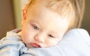 Когда грудной ребенок начинает улыбаться осознанно
