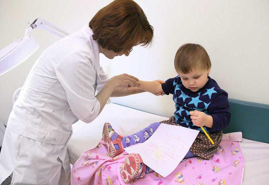 ребенок-у-дерматолога