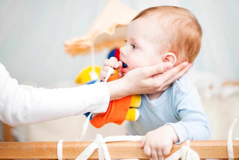 что делать если ребенок подавился и задыхаеся