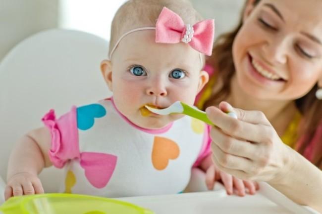 Прикармливаем малыша