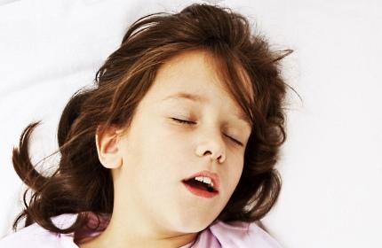 сон с открытым ртом